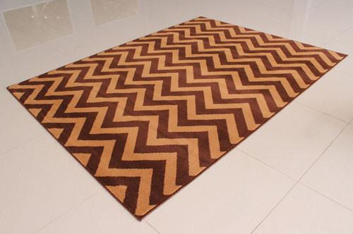 W1520 Brown Area Rug