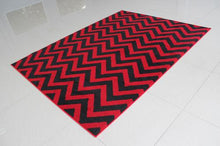 W1520 Red Black Area Rug