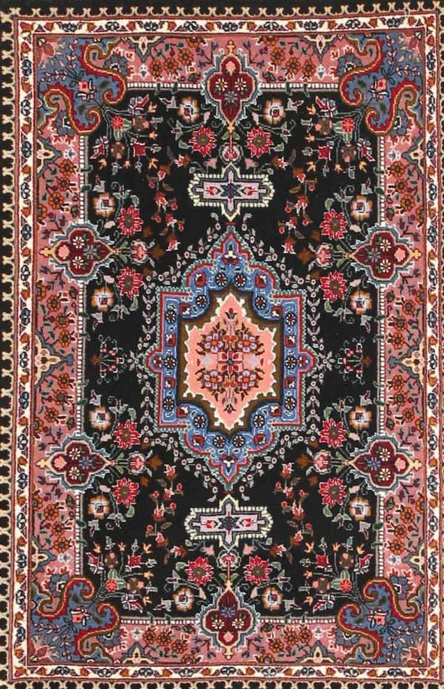 Traditional 4746 Area Rug, 2'0