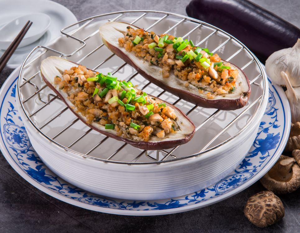 Baked Aubergines with Mushroom and Minced Pork.  香菇肉末烤茄子