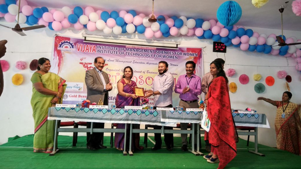 Inaugurates A State level Management Education Aspirants Meet For Women