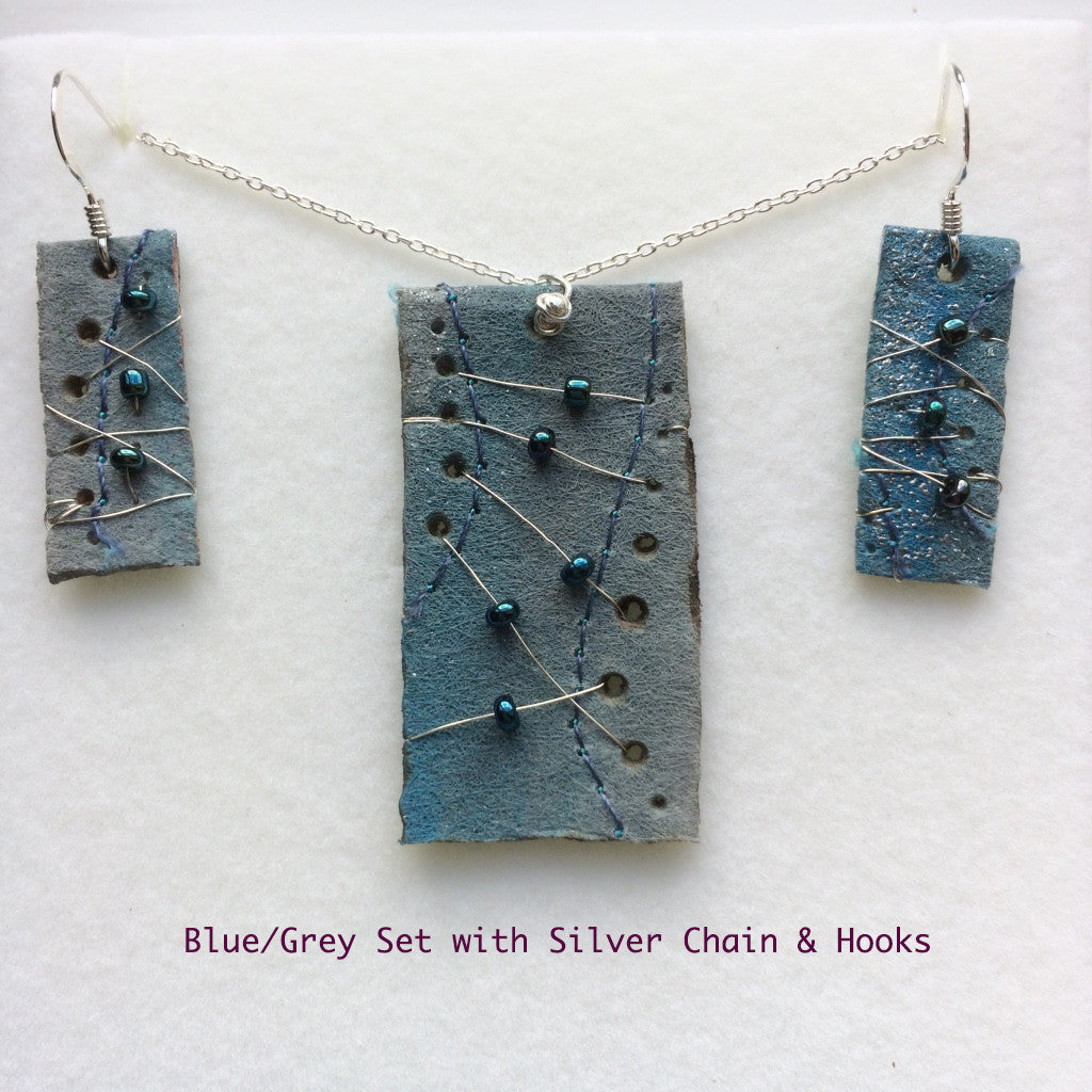 Blue/grey Flat Pedant & Earring Set