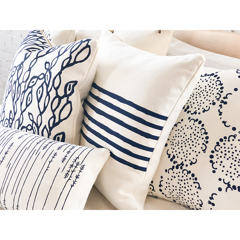 NAVY DANDELION PILLOW COVER
