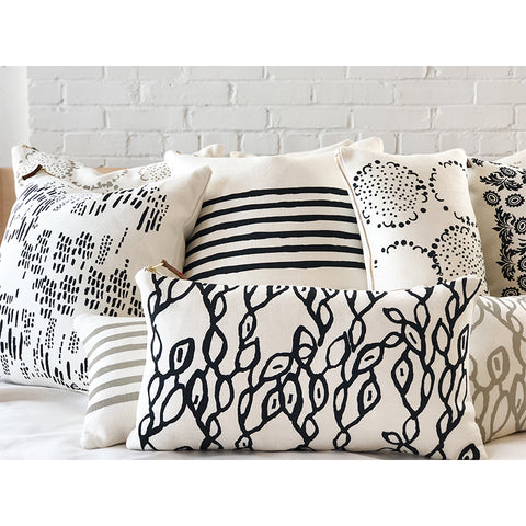 WORN BLACK 6 LINE PILLOW
