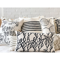 WORN BLACK 6 LINE PILLOW COVER