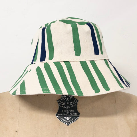KALE GRID BUCKET HAT