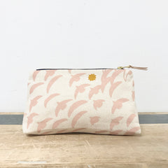 DUSTY PINK FLIGHT MAKEUP ZIPPER BAG