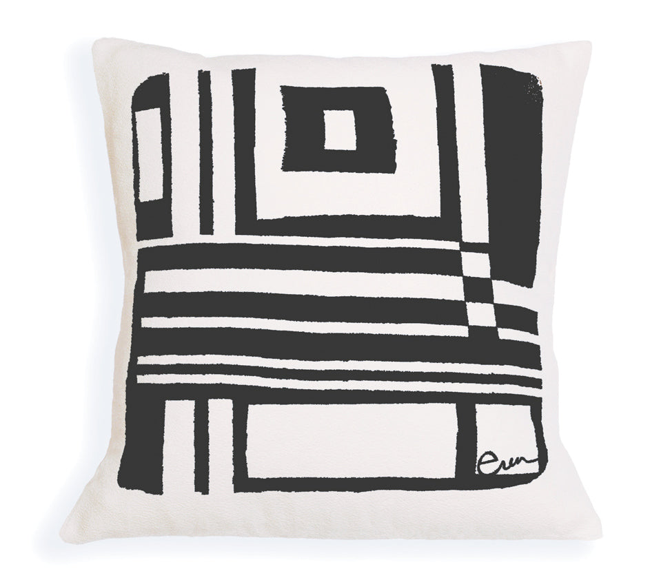BOLD GEO PILLOW COVER IN BLACK