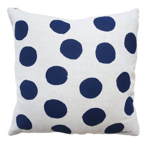BIG DOT OATMEAL LINEN PILLOW COVER IN NAVY