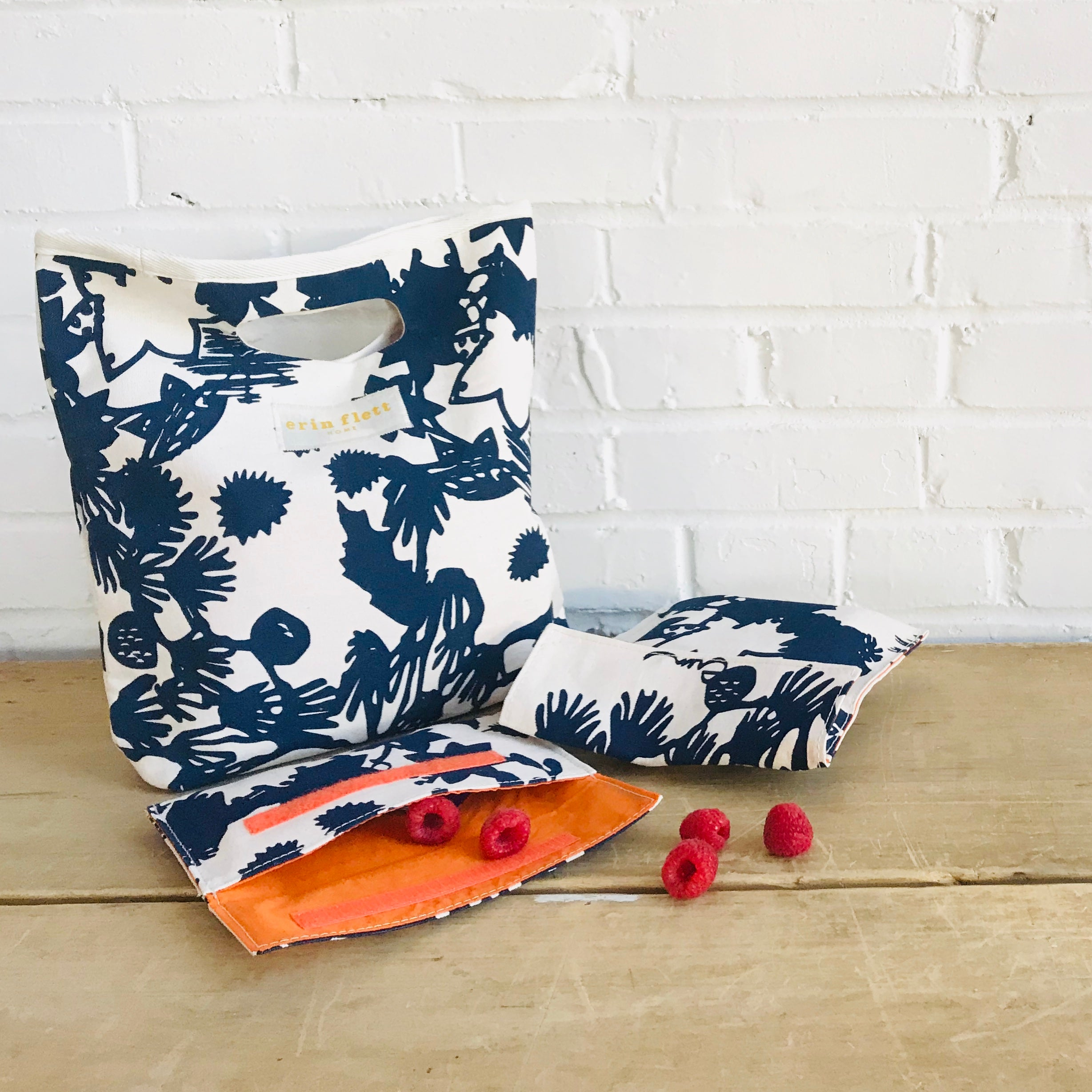 NAVY DEEP WOODS SNACK BAG SET