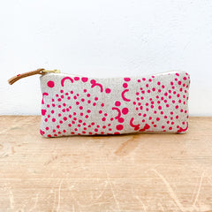 BERRY DANDELION OATMEAL LINEN FLAT PENCIL ZIPPER BAG