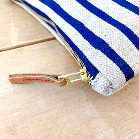 NAVY 6 LINES OATMEAL LINEN CLUTCH ZIPPER BAG