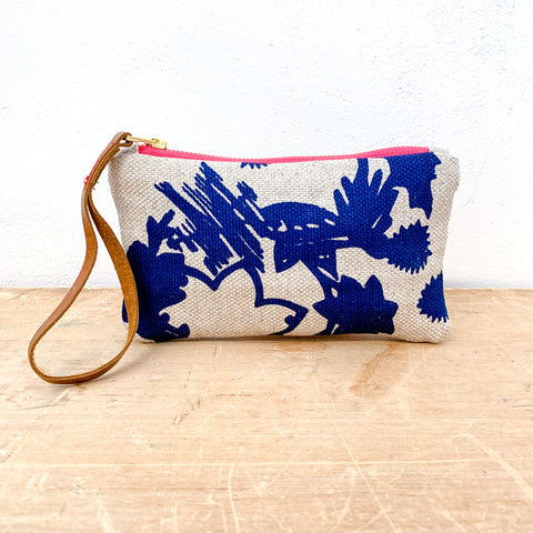 NAVY DEEP WOODS OATMEAL HEAVY LINEN WRISTLET ZIPPER BAG