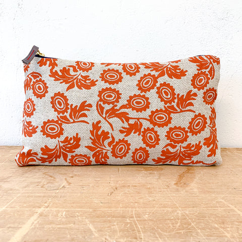 TOMATO WALLFLOWER OATMEAL LINEN CLUTCH ZIPPER BAG
