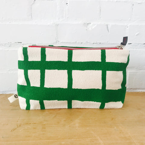 KELLY GREEN PICNIC ZIPPER BAG
