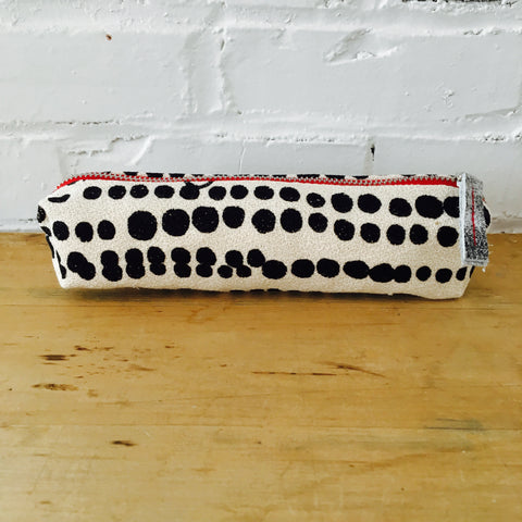 BLACK HILARY ZIPPER BAG