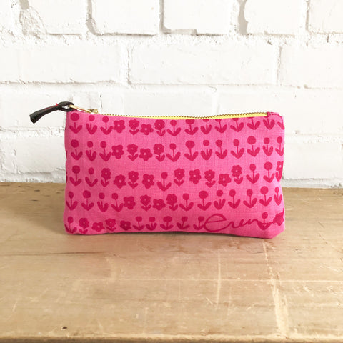 SCANDI BERRY ZIPPER BAG