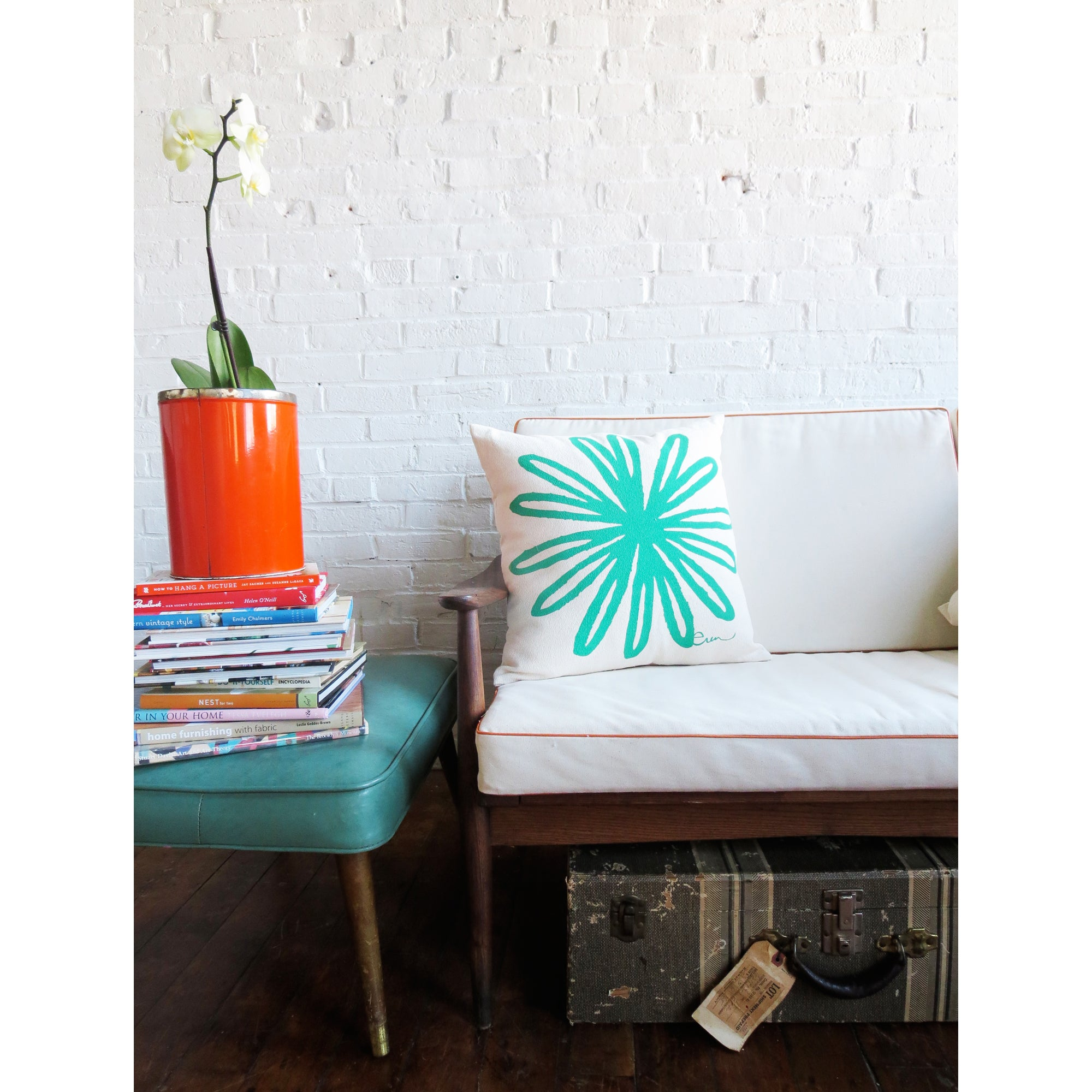 TURQUOISE BLOOM PILLOW