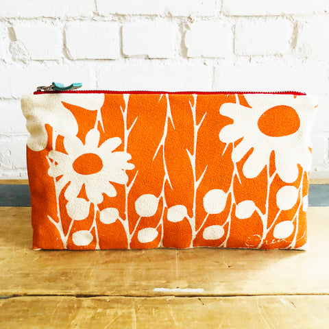 MANGO DAISY THORN ZIPPER BAG