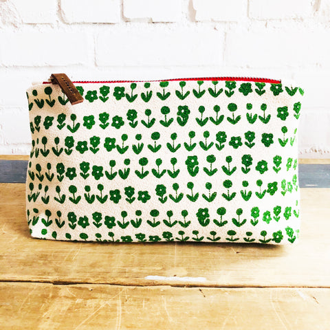 KELLY GREEN SCANDI ZIPPER BAG