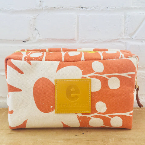 MANGO DAISY THORN DOPP KIT