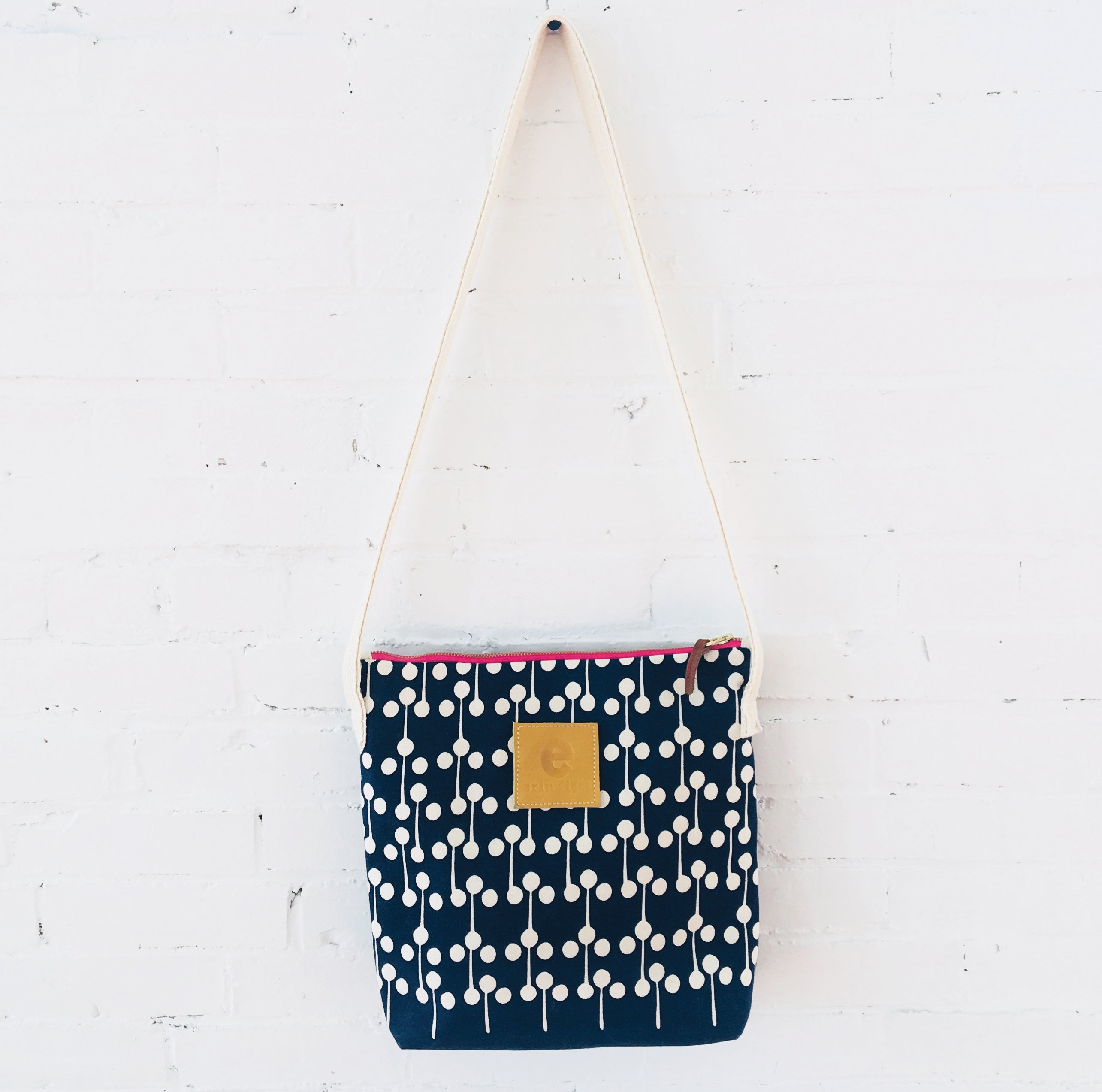 NAVY LOLLIPOP CROSS BODY BAG