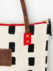 SHIPS NOW! BLACK SQUARES MOD TOTE