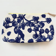 SHIPS NOW! NAVY DEEP WOODS JEN BAG