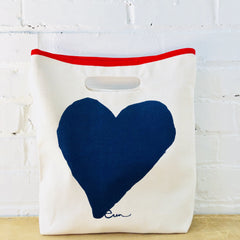 NAVY HEART LUNCH BAG