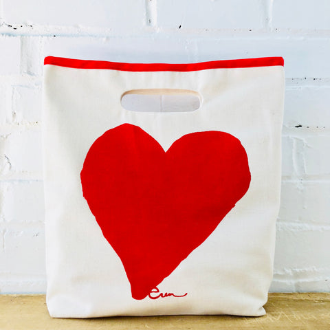 RED HEART LUNCH BAG
