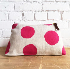 BERRY LARGE CIRCLES ZIPPER BAG