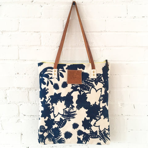 NAVY DEEP WOODS HEAVY CANVAS MOD TOTE