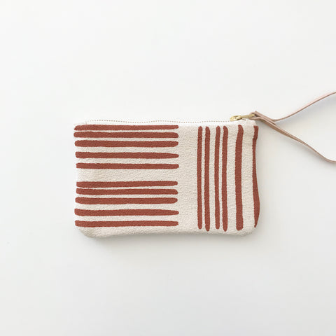 SHIPS NOW! CLAY BRUSH WRISTLET ZIPPER BAG