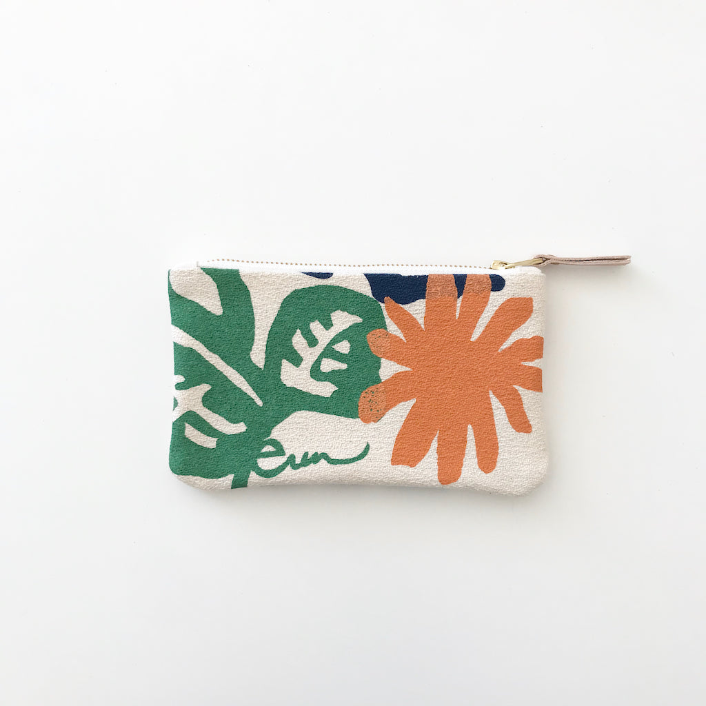 SHIPS NOW! GARDEN CARD WALLET ZIPPER BAG