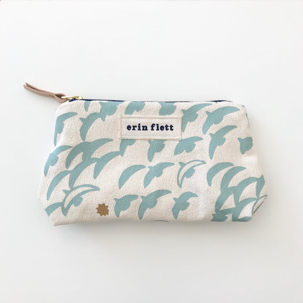 SHIPS NOW! ROBINS EGG FLIGHT MAKEUP ZIPPER BAG