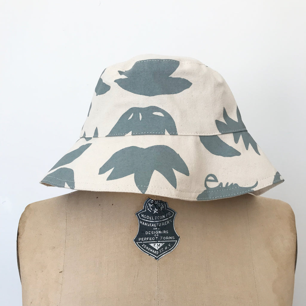 SHIPS NOW! SLATE LOTUS BUCKET HAT