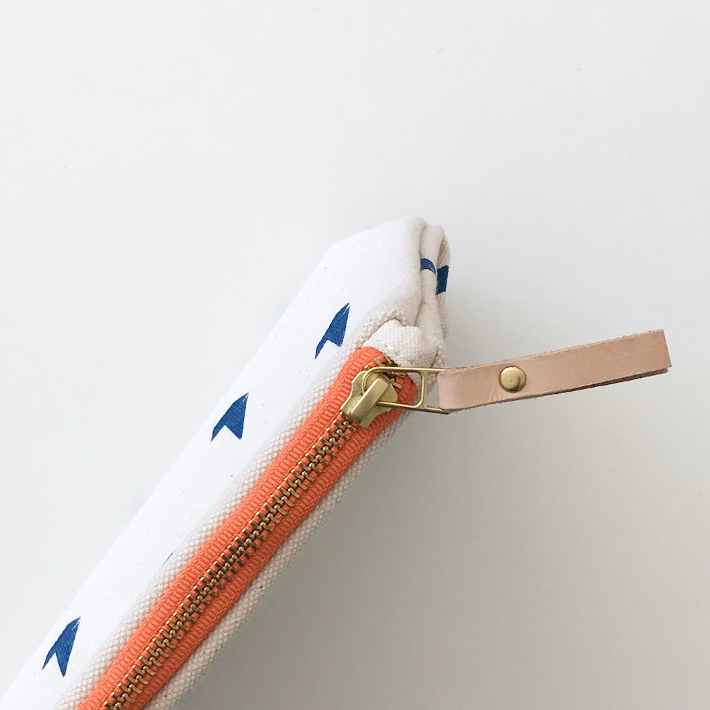 SHIPS NOW! ROYAL SAILBOATS JEN BAG