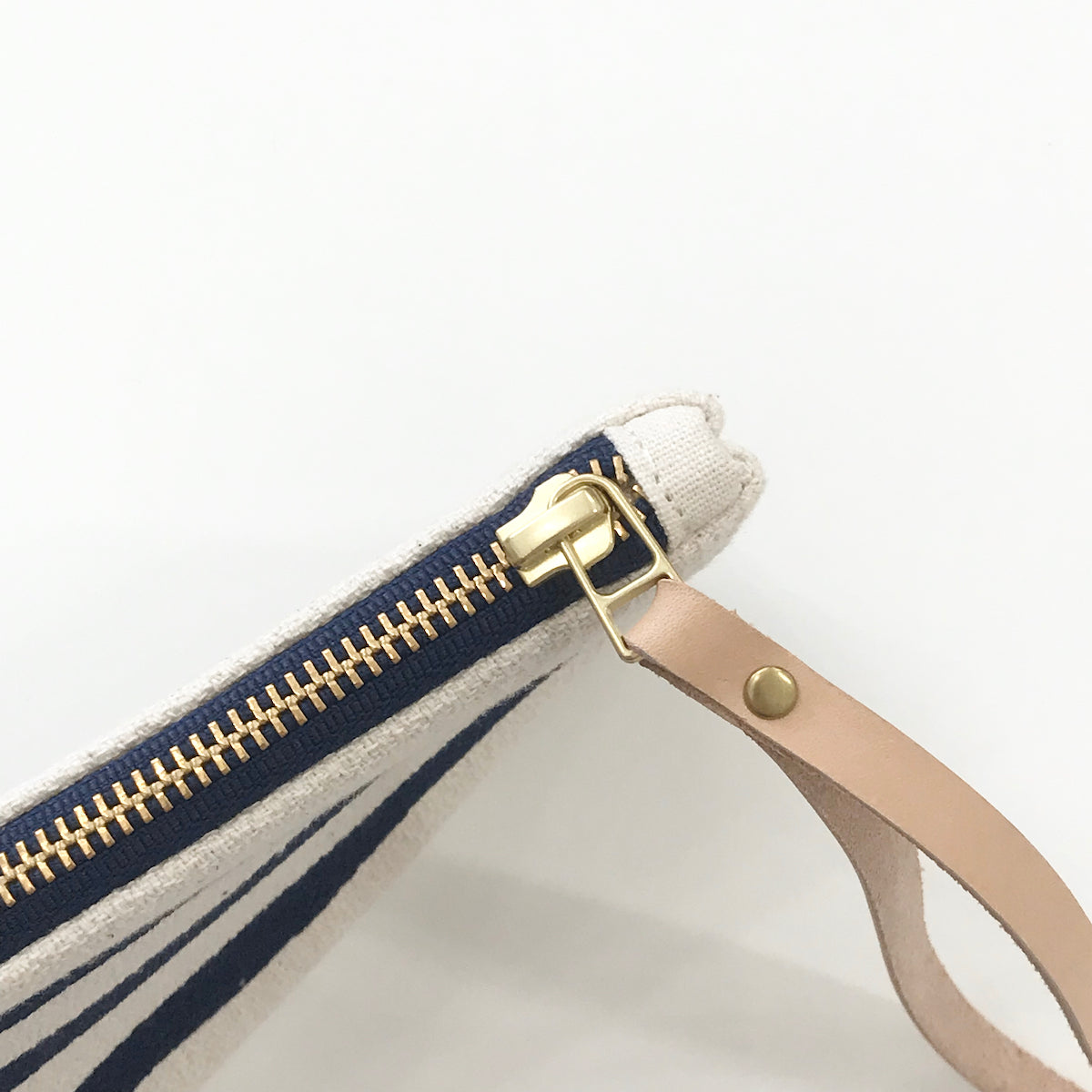 SHIPS NOW! NAVY 3 LINE WRISTLET ZIPPER BAG