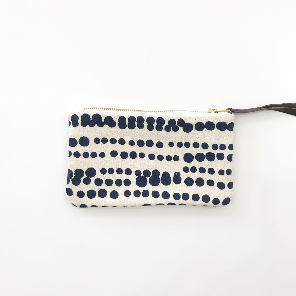SHIPS NOW! NAVY HILARY WRISTLET ZIPPER BAG