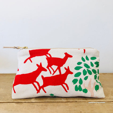 CREW RUNNING DEER MAKEUP ZIPPER BAG