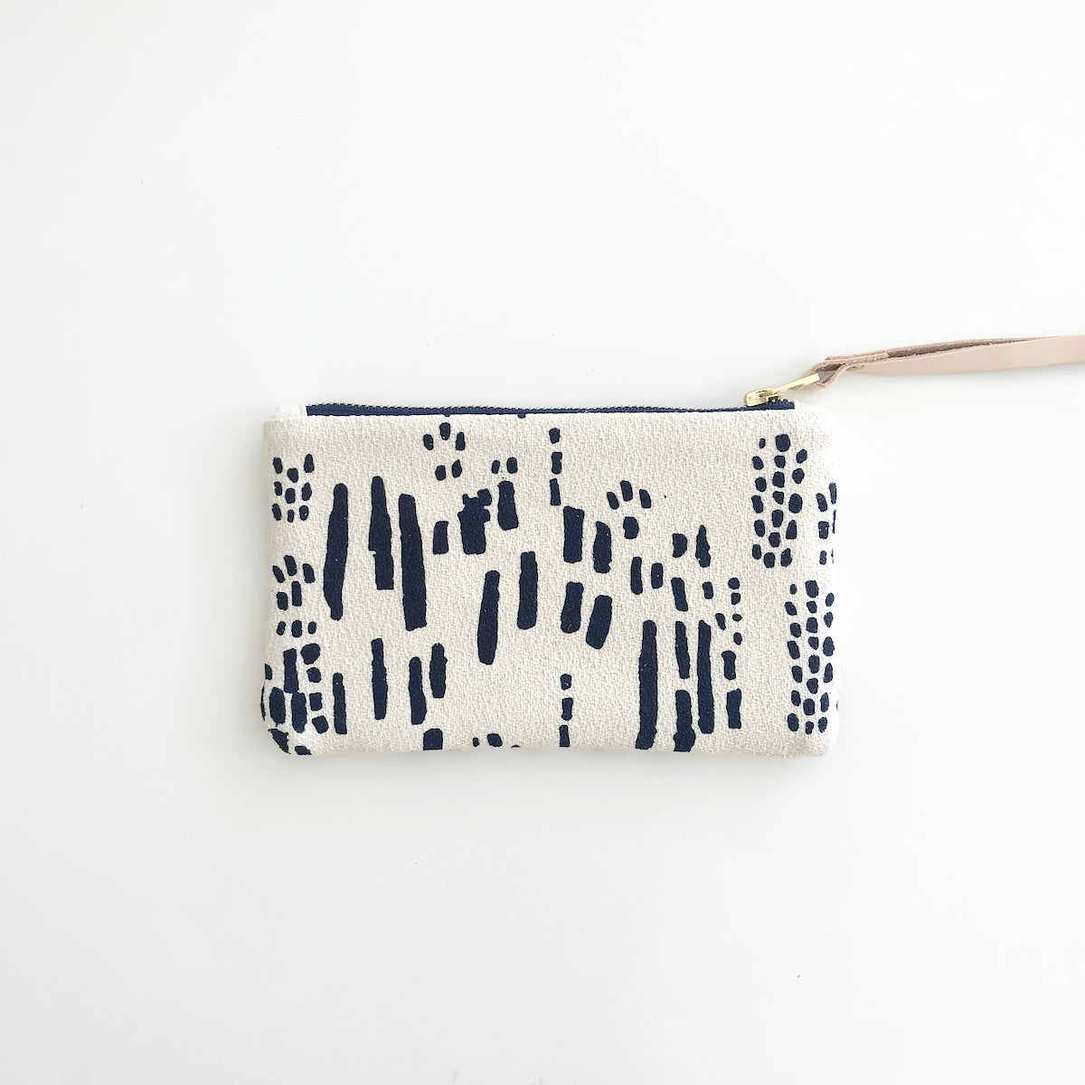 SHIPS NOW! NAVY RAIN WRISTLET ZIPPER BAG