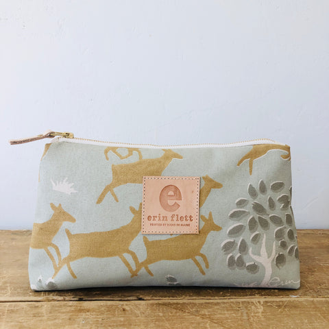 OATMEAL RUNNING DEER JEN BAG
