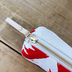 CREW ASHLEY PINE ROUND PENCIL ZIPPER BAG