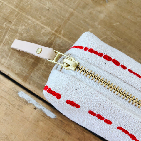 CREW RIVER ROUND PENCIL ZIPPER BAG