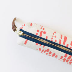 SHIPS NOW! LIPSTICK RAIN PENCIL ZIPPER BAG