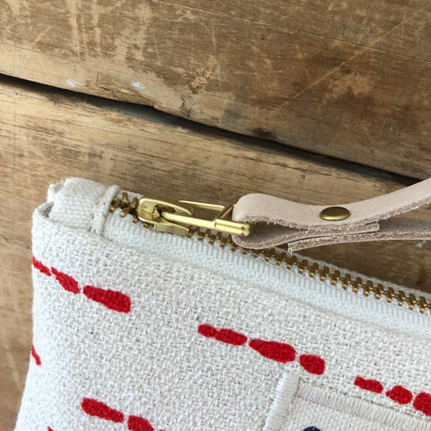 CREW RIVER WRISTLET ZIPPER BAG