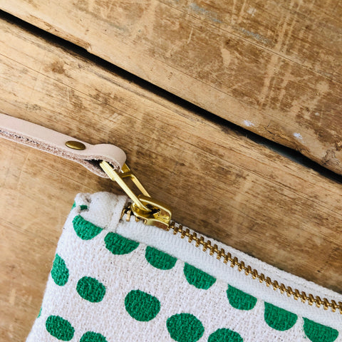 SEA FOAM HILARY CARD WALLET ZIPPER BAG