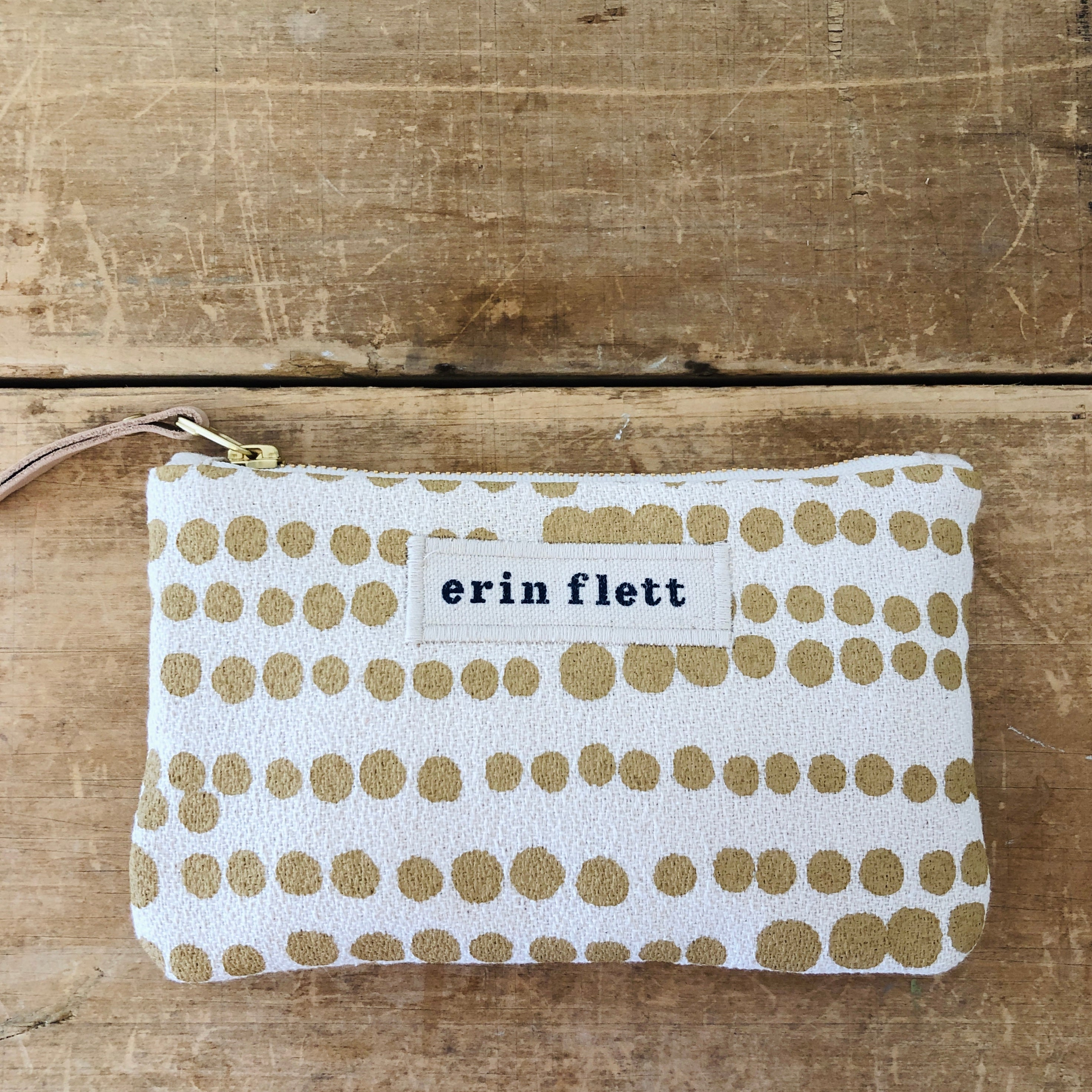 SAND HILARY CARD WALLET ZIPPER BAG