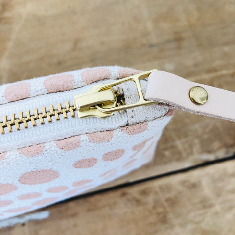 DUSTY PINK HILARY MAKEUP ZIPPER BAG