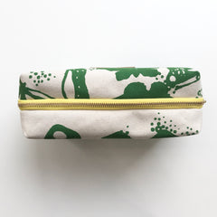 SHIPS NOW! KELLY BUTTERFLIES DOPP KIT